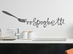 Perfect wall tattoo for all who love spaghetti. Wand Tattoo, Spaghetti, Home And Living, Kitchen Decor, Inspiration, Free Printable, Wall, Castle, Silhouette