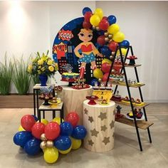 Wonder Woman Birthday, Wonder Woman Party, Birthday Decorations, Table Decorations, Party Poppers, Superhero Party, Party Themes, Birthday Parties, Cool Stuff