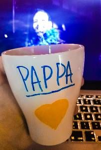 Pappa(Daddy) is today's cup of coffee. Shot Glass, Coffee Cups, Daddy, Tableware, Coffee Mugs, Dinnerware, Dishes, Shot Glasses, Serveware