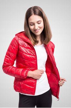 damska kurtka, kurtka damska, czerwona kurtka, kurtka przejściowa Red Leather, Leather Jacket, Jackets, Fashion, Studded Leather Jacket, Down Jackets, Moda, Leather Jackets, Fashion Styles
