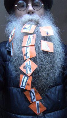 BEARD GALLERY - Opere di Gianni Romizi installate sulla mia barba (Galleria Pensile)