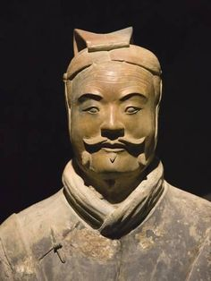 size: Photographic Print: Terra cotta warrior with color still remaining, Emperor Qin Shihuangdi's Tomb, Xian, Shaanxi, China by Keren Su : Artists In China, China Art, China Today, Art Asiatique, Science Art, Museum, Art History, Ancient History, Archaeology