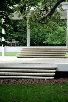 Farnsworth House — Mies van der Rohe