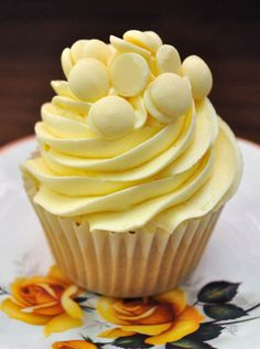 Vanilla and White Chocolate Cupcakes