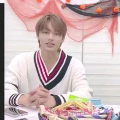 Wen Junhui, Videos Funny, Gifs, Funny Quotes, Kpop, Feelings, Love Of My Life, Funny Phrases, Funny Qoutes