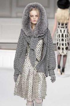 Oscar de la Renta Cashmere Cardigan  http://www.crochetconcupiscence.com/2011/11/young-designers-overhaul-scotlands-cashmere-industry/