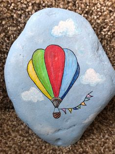 Rock Painting Patterns, Rock Painting Ideas Easy, Rock Painting Designs, Stone Art Painting, Pebble Painting, Pebble Art, Acrylic Painting Rocks, Painted Rocks Craft, Hand Painted Rocks
