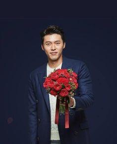 Hyun Bin 현빈 What a man, what a man, what a mighty fine man! Hyun Bin, Korean Celebrities, Korean Actors, Handsome Actors, Gong Yoo, Korean Drama, Kdrama, Film, Korean Artist
