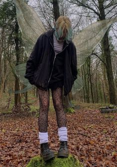 Grunge Outfits, Hippie Outfits, Edgy Outfits, Fashion Outfits, 90s Grunge, Indie Fashion, High Fashion, Alternative Outfits, Alternative Fashion
