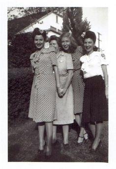 Girlfriends, 1940s