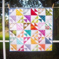 Kissing Fish Baby Quilt by Meredith Daniel, via Flickr