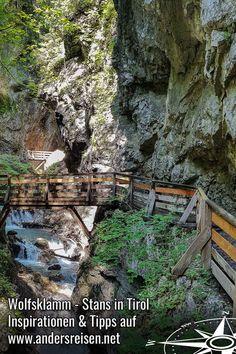 (Anzeige) Die Wolfsklamm in Stans in Tirol ist ein beeindruckendes Ausflugsziel im Inntal. Die Wanderung führt auf Holzstegen und Steigen den tosenden Bach entlang durch die Klamm. Inspirationen und Tipps für diese Wanderung in Tirol findest Du im Video. #silberregionkarwendel #UrlaubOhneAuto #tirol #wandern City Photo, Europe, Holiday Destinations