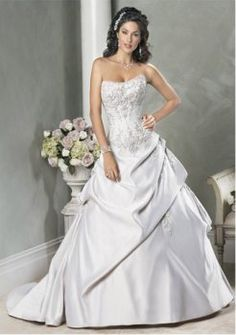 attrayant balle-robe sweetheart robes de train de mariage de princesse