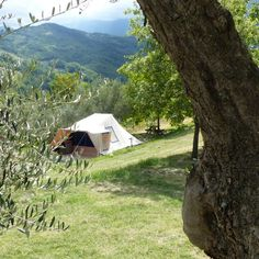 Kleine campings Italië - DitIsItalie.nl Places To Travel, Places To Go, Places In Italy, Camping Glamping, France Travel, Campsite, Trip Planning, Outdoor Gear, Backpacking