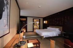 Grand Hyatt Shanghai | www.estiluz.com Grand Hyatt, Shanghai, Lighting, Bed, Furniture, Home Decor, Decoration Home, Stream Bed, Room Decor
