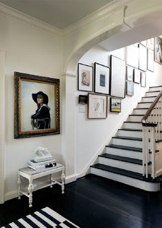 Gallery Wall, Photographer: Jack Thompson