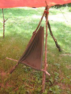 camp acampar silla bushcraft More # - Bushcraft Camping, Bushcraft Skills, Camping Survival, Outdoor Survival, Survival Prepping, Survival Skills, Bushcraft Equipment, Bushcraft Gear, Survival Stuff