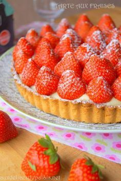 Easy strawberry tart Delicious on the palate Easy Smoothie Recipes, Easy Smoothies, Good Healthy Recipes, Snack Recipes, Healthy Smoothie, Cinnamon Cream Cheeses, Cinnamon Cream Cheese Frosting, Key Lime Pie Rezept, Easy Strawberry Pie
