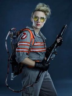 Ghostbusters, holtzmann, and kate mckinnon image Female Ghostbusters, Ghostbusters Party, Ghostbusters Characters, Halloween Cosplay, Halloween Costumes, Adult Halloween, Kate Mckinnon Ghostbusters, Movie Gifs, I Movie