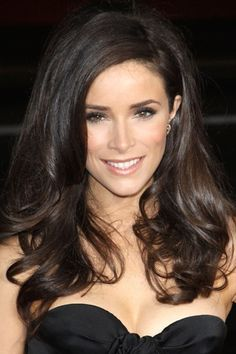 Abigail Spencer - gorgeous hair color and style!