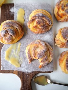 Baked Doughnuts, Savory Pastry, Sweet Bakery, Sweet Pastries, Sweet And Salty, Something Sweet, Food Inspiration, Great Recipes, Dessert Recipes