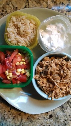 21 Day Fix - Southwest Chicken Burrito Bowl with Fresh Salsa Chicken (2 red), Brown Rice (1 yellow), Fresh Salsa (1 green), Plain Greek Yogurt (1/2 red) pico de gallo salsa, made with fresh tomatoes, jalapenos, red onion, corn, lime juice and garlic salt.