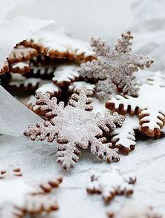 Haben Sie schon einmal selbstgemachte Schneeflocken probiert?