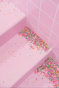 The pastel /// pastel aesthetic / pink aesthetic / kawaii / wallpaper backgrounds / pastel pink / dreamy / space grunge / pastel photography / aesthetic Pastel Wallpaper, Iphone Wallpaper, Kawaii Wallpaper, Cream Wallpaper, Glitch Wallpaper, Pastel Colors, Pink Color, Colours, Pastel Photography