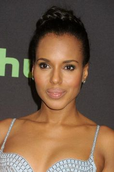 Kerry Washington put up a stylish and classy appearance in a light blue patterned gown with frills attached in the skirt and low neckline that teased a glimpse of her cleavage and drew attention to her sculpted shoulders as she posed of the photographs, while attending the 33rd Annual PaleyFest panel for her TV series, Scandal held at Dolby Theatre on March 16, 2016 in Hollywood, California.