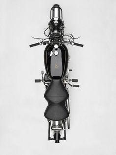 The Vincent Black Shadow Bike Photoshop, Droides Star Wars, Vincent Black Shadow, Vincent Motorcycle, Motorcycle Images, Classic Motorcycle, Motorcycle License, Classic Bikes, Classic Cars