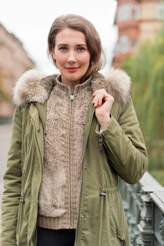 Outfit: 'Mrs & Hugs Parka and Stuart Weitzman Over the Knee Boots' | Mood For Style - Fashion, Food, Beauty & Lifestyleblog