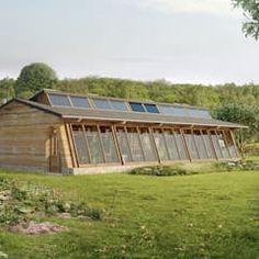 Mad # 03 (maison autonome durable) maisons modernes par archestra moderne | homify Earthship, Photos, Modern Homes, Design Ideas, Glass House, Pictures