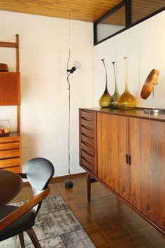Mid Century Living Room   'Parentesi' Light   Achille Castiglioni and Pio Manzu