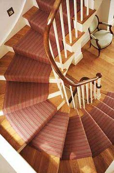 striped stair carpet - IS possible on a curved staircase!!