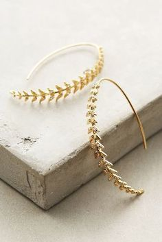 Gorgeous gold leafy earrings to die for!