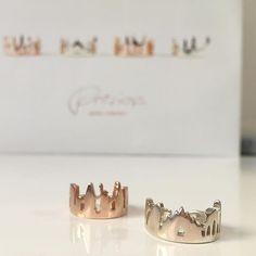 • Milan And New York •  #preziosa #preziosajewelry #glober #beaglober #design #style #stylish #jewelrydesign #jewelrygram #skyline #cities #travel #journey #gold #precious #luxury #tbt #ootd #picoftheday #photooftheday  Milan and New York Ring  Price: 210€ / 240€  available here Fashion Capitals Rings   Paris - Milan  - New York - London  Silver 925 and Silver 925 Pink Gold Plated 18k  Available Online at http://www.preziosajewelry.com/shop-preziosa/it/