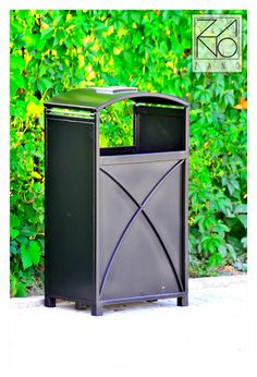 Presented litter bin is an attractive, carbon steel project. It is easy to maintain. This outdoor litter bin is ideal in street locationsl from suburban shopping strips to small business, factories, hotels, motels etc.