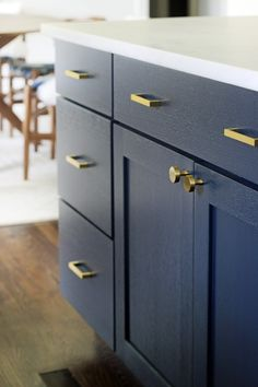 Kitchen Pulls Rooster Rugs 246 Best Cabinet Hardware Images Kitchens Dressers My Favorite Sources
