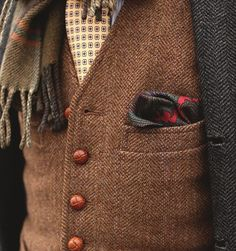 Pocket Square via flyoverfashion another combination I like. Mens Fashion