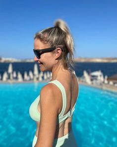 Helen Skelton, Tv Presenters, Bikinis, Swimwear, Sleep, Celebs, Female, Instagram, Kids
