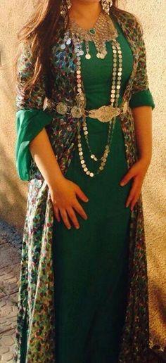 Green kurdish dress