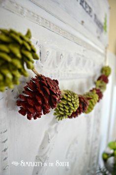 Sapevate che con le pigne si possono realizzare molte cose? Piccole e grandi decorazioni per la casa che, soprattutto nel periodo natalizio, sono perfette per arredare la casa e per aggiungere un tocco personalizzato all'ambiente.