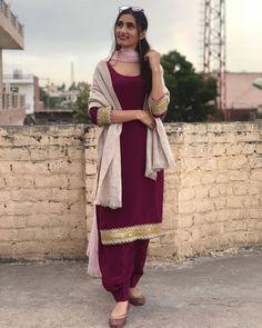Patiala Dress, Patiala Salwar Suits, Patiala Suit Designs, Punjabi Dress, Designer Punjabi Suits, Indian Designer Wear, Dress Indian Style, Indian Wear, Indian Suits
