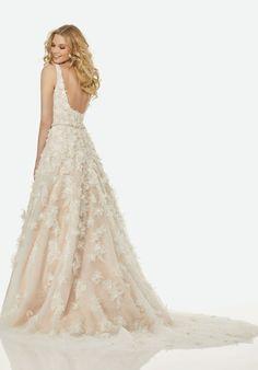 Classic A-line Wedding Dress by Randy Fenoli - Image 3