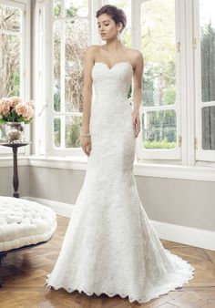 Strapless slim A-line gown in Tulle with lace appliques and sweetheart neckline | Mia Solano | Theknot.com