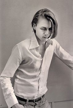 brett anderson  92/93 Bill Evans, Brett Anderson, Britpop, Haircuts For Men, Image Collection, 90s Fashion, Pop Culture, Hair Cuts, Handsome