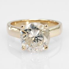 14k Yellow Gold Round Brilliant Cut Diamond Solitaire Engagement Ring w/Diamond Accents 4.24ctw