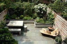 Does this sound familiar? A couple buy and remodel a Brooklyn townhouse, then look out through their new floor-to-ceiling windows and, noticing the wreck of a garden, request a budget-friendly overhaul. Goodbye, faux stone pavers: