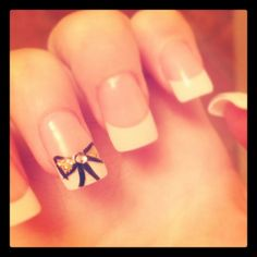 Bow nail - different colors though