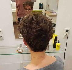 20 Cute and Pretty Curly Short Hairstyles: #8. Cute Style; #curlyhair; #shorthair